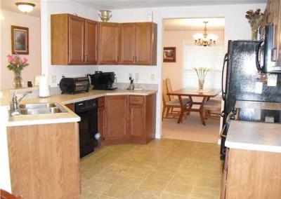 Rosewood-kitchen